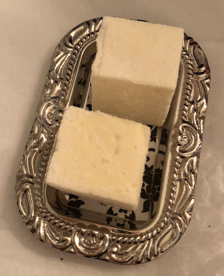 Passion fruit marshmallow