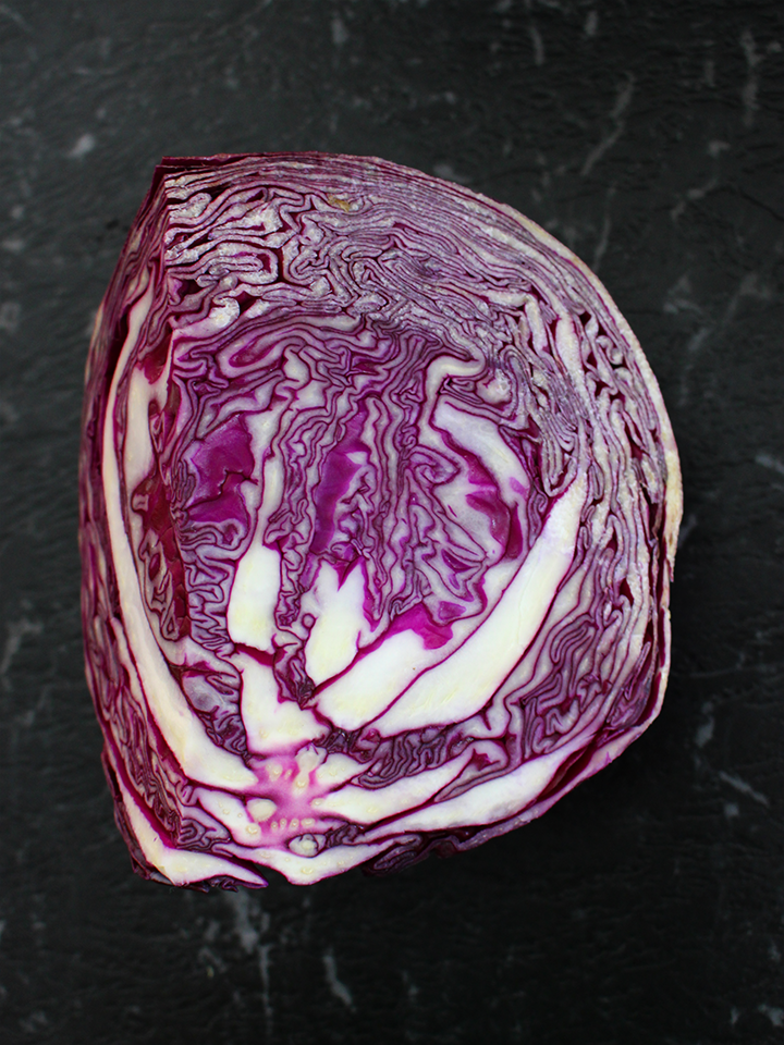 Braised red cabbage with apple & red onion