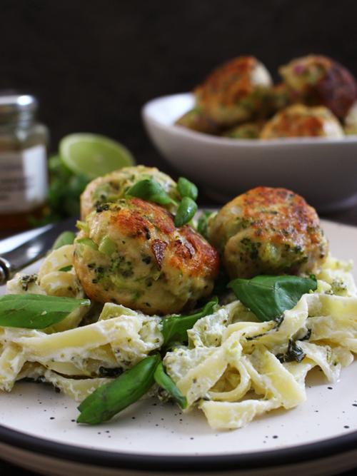 Broccoli & turkey meatballs with ricotta, basil, lime & honey fettuccine